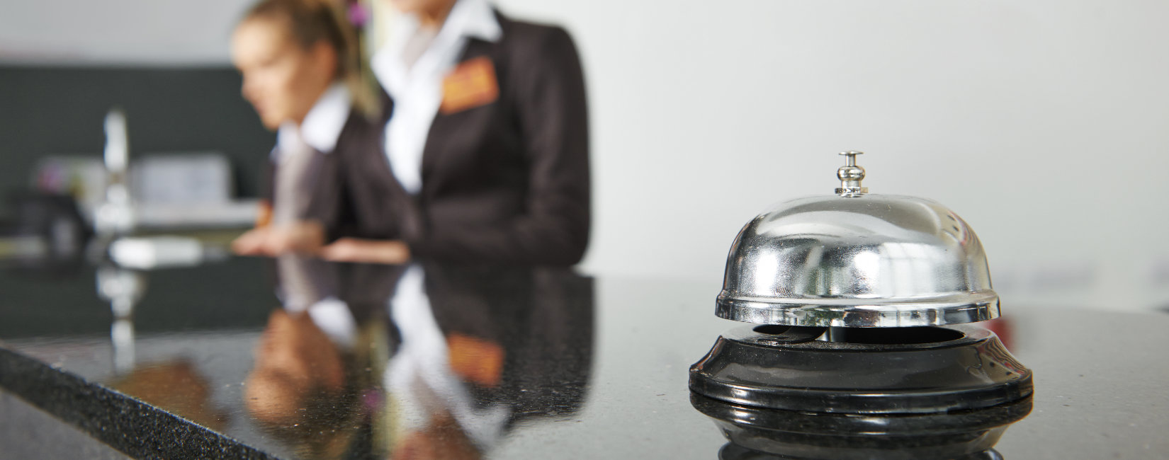 Customer service training online suitable for the hospitality industry